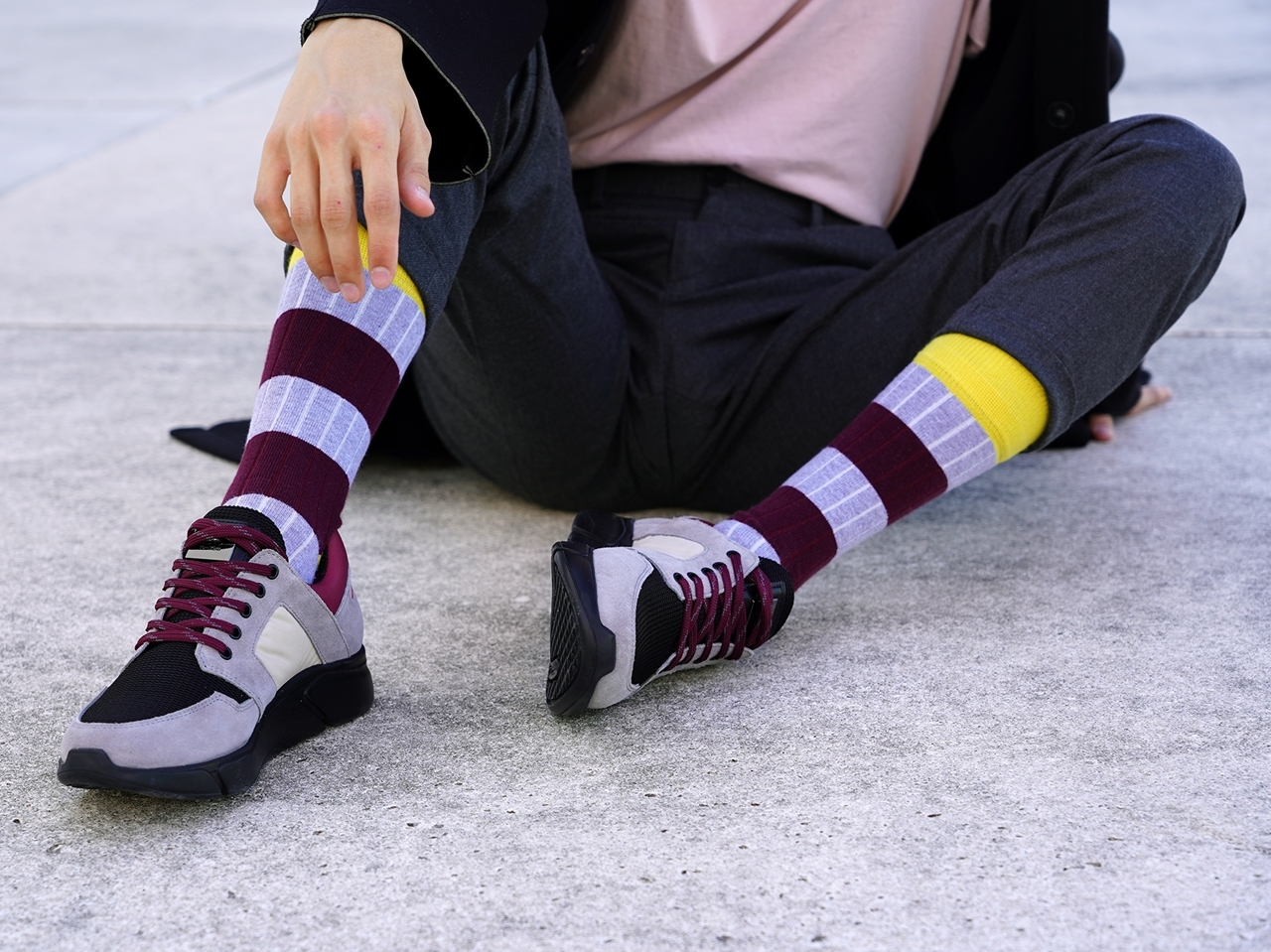 Picture of STRIPES CANALÉ GREY/BURGUNDY